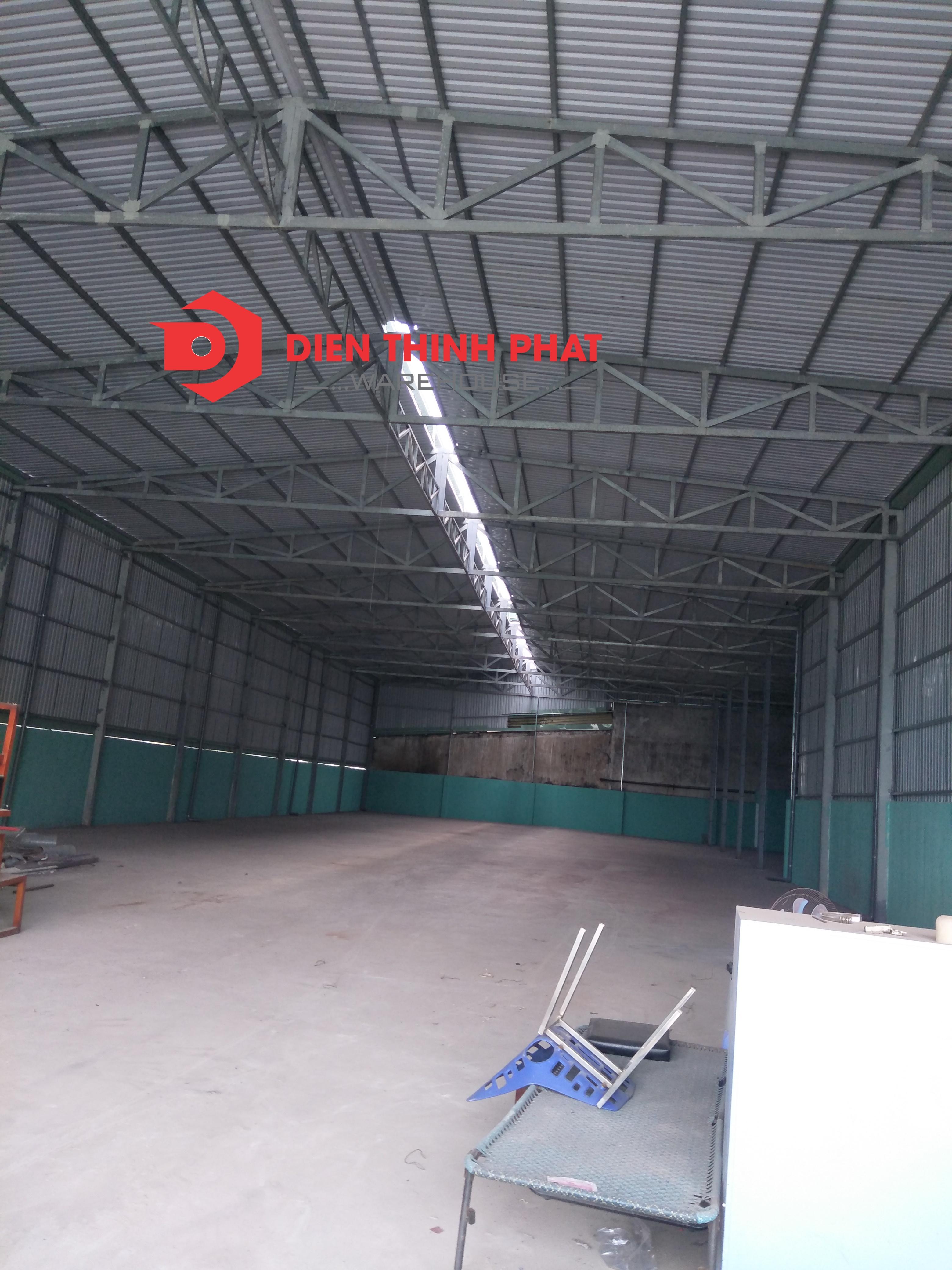 kho xưởng đường Trần Văn Giàu dt: 700m2(20*35)